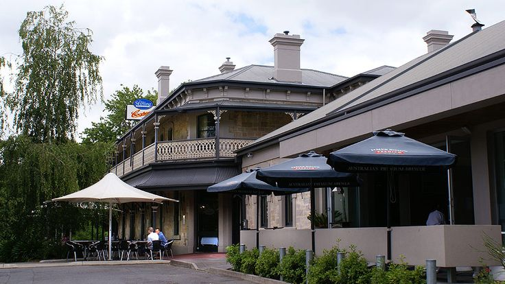 Stirling Hotel - Stirling in the Adelaide Hills