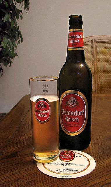 Expanding my pallet and trying this Reissdorf Kolsch... So far so good!