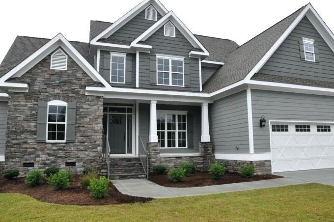 Google Image Result For Https I Pinimg Com Originals 90 63 95 906395a8f3f7c55d964c4569553e590 In 2020 White Exterior Houses Brick Exterior House House Paint Exterior
