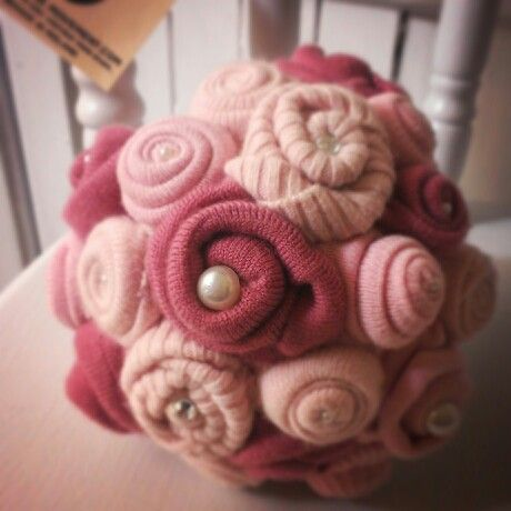 Wool flower bouquet. Made to order. Any colours, any requests. #upcycle #alternative #wedding