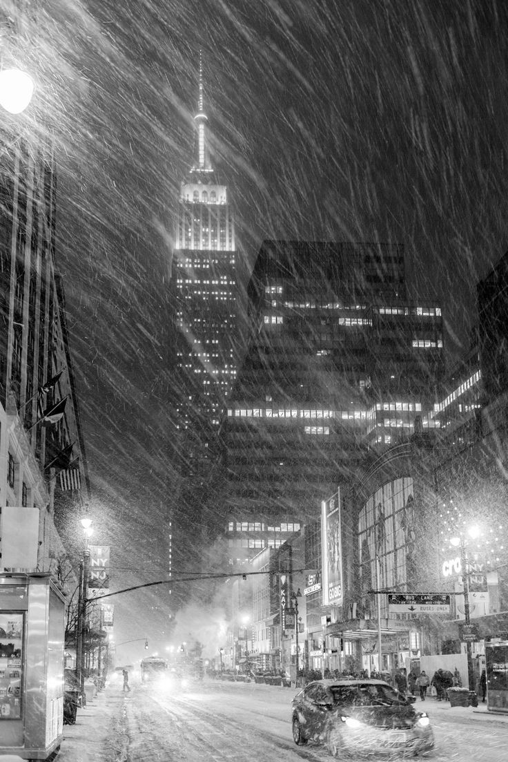 NYC Blizzard/ snow storm   Flickr - Photo Sharing!