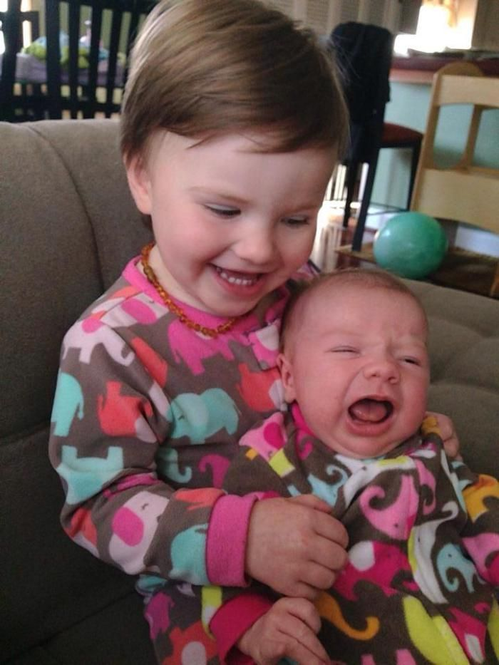 28 Photos That Prove Second Child Syndrome Is Real...my grand girlies!