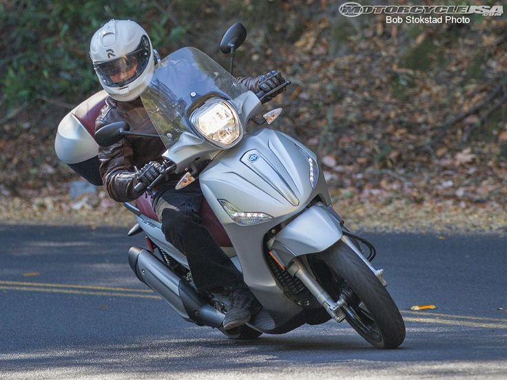 See the 2013 Piaggio BV 350 in action in the 2013 Piaggio BV 350 Review photo gallery.