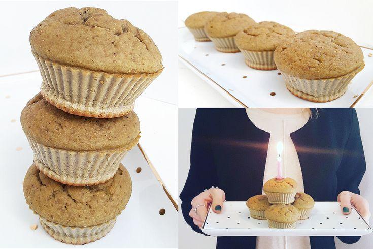 Muffin al thè matcha, pistacchi e banana.