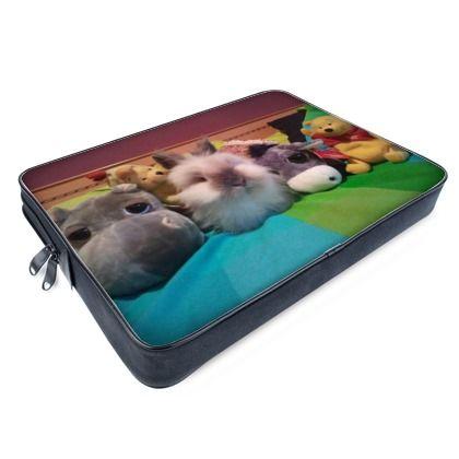 Cover per portatile con le foto di 4 simpatici peluche