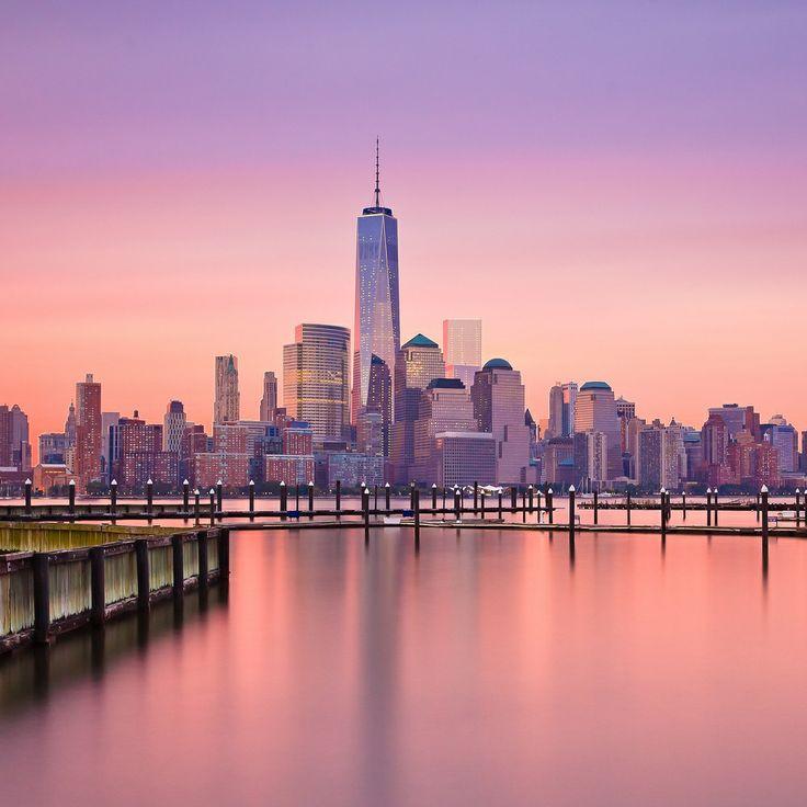 Manhatten New York: Sunrise Over Downtown Manhattan