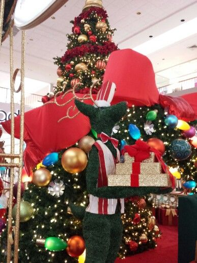 Best Christmas Decorations In Northern Nj : Best images about christmas mall decorations on