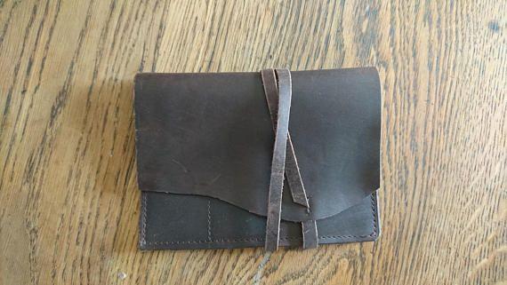 Bekijk dit items in mijn Etsy shop https://www.etsy.com/nl/listing/528391395/tobacco-pouch-pipe-pouch-leather-tobacco