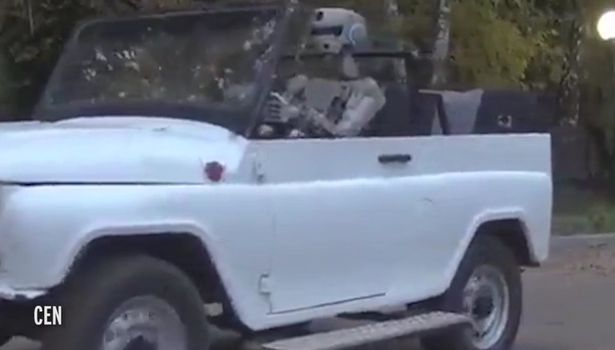 Russian 'combat robot' can shoot guns, lift weights in training at the gym and even drive a car - https://christiantruther.com/external/russian-combat-robot-can-shoot-guns-lift-weights-training-gym-even-drive-car/