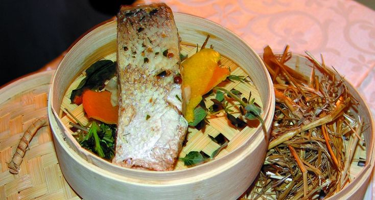 """""""Trancio di ricciola"""" dello chef Michele Deleo  #lamadia #lamadiatravelfood #food"""
