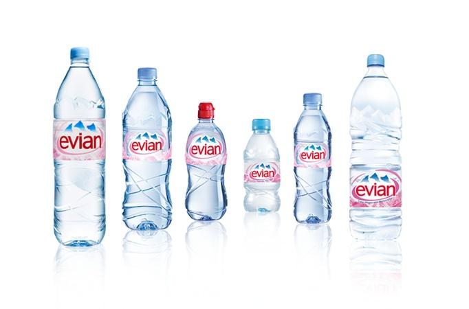 bouteilles evian PET - Evian