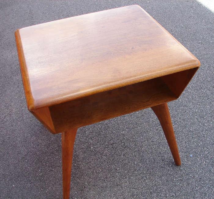 Heywood Wakefield Lamp Or End Table