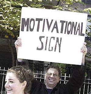Least Motivational Marathon Signs...these are quite funny!