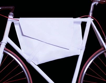 "Check out new work on my @Behance portfolio: ""Polygon - Messenger bag"" http://be.net/gallery/32043053/Polygon-Messenger-bag"
