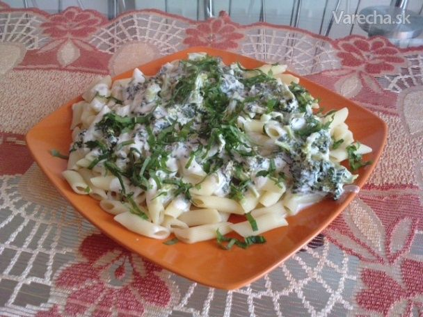 Penne s brokolicou, nivou a medvedím cesnakom - Recept