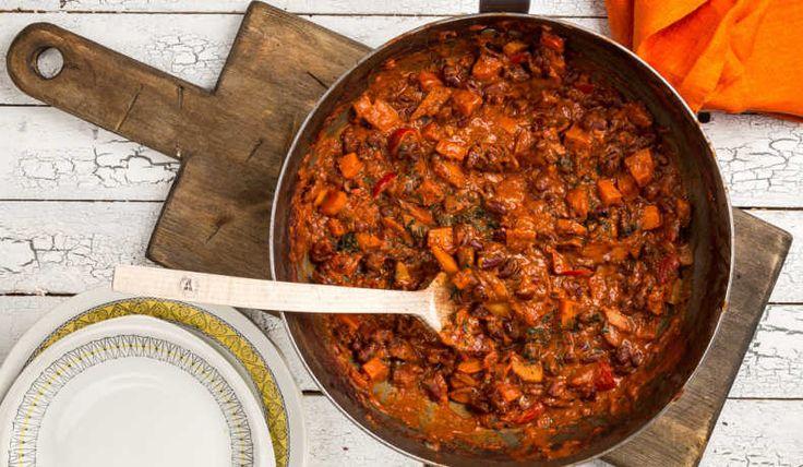 En god mustig gryta som får puttra ihop och gotta till sig. Har man tid så får den gärna puttra någon timme till. Det är även gott att blanda ner fler bönsorter som exempelvis stora vita bönor.