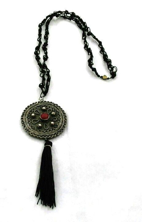 Shop online now and don't lose our offers at sievietecollections.com #shoponline #sievietecollections #sieviete #necklaces #handmade #sievietemoda #uniquedesigns #womenfashion #sievietefashion #accessories #jewells