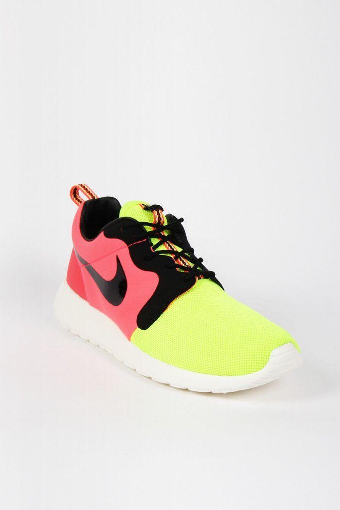 womens nike roshe run black and white speckled roshe run running shoes sneakers nz
