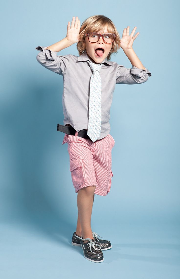 A sophisticated spring look- Oliver would rock this;) not sure about the shoes though!