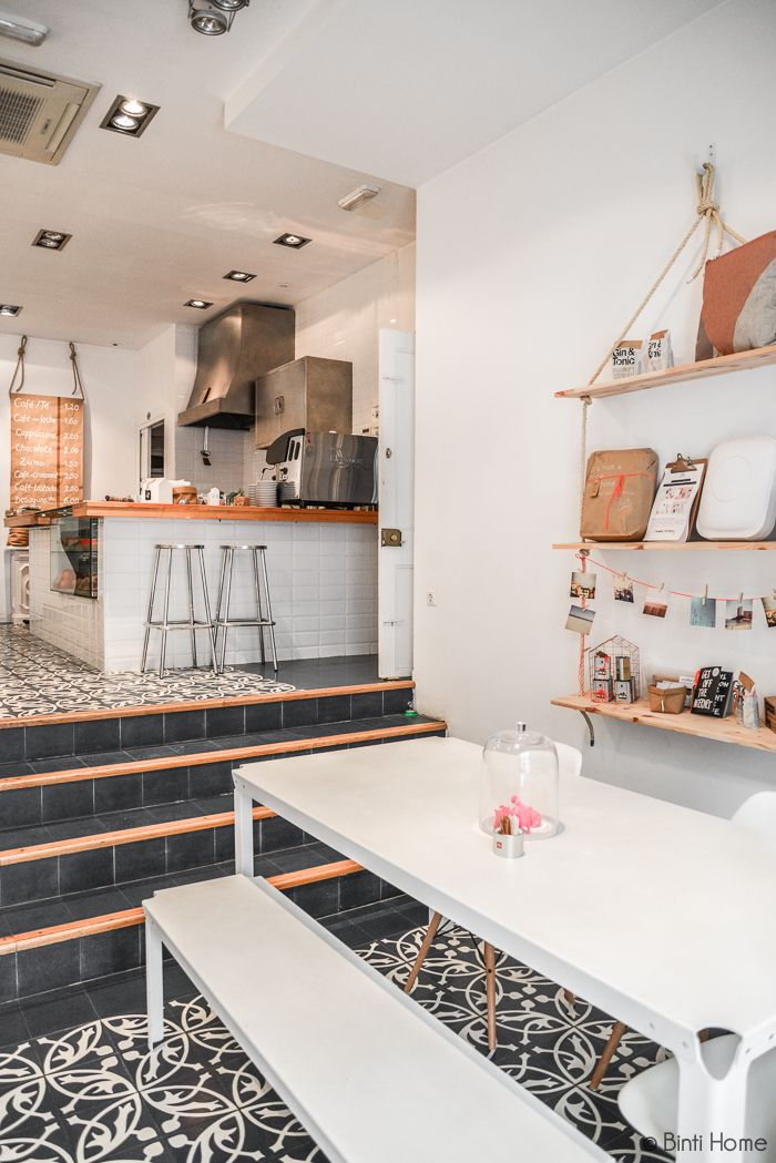 Coffeebar ABCYou Bed And Breakfast Valencia #coffeebar #whitetable #backtiles #blackstairs #graphic #spanishtiles #openkitchen @abcyou