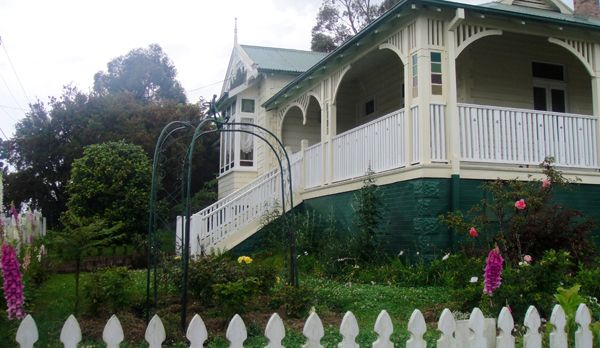 Residence on the corner of Campbell and Evans Streets, Moruya