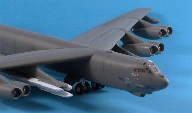 1/144 RevellAG B-52H Stratofortress by Jeff Brundt