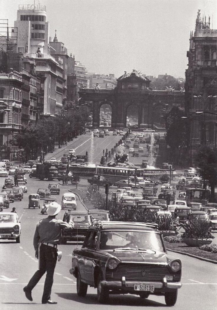 calle de Alcalá, 1969 (fuente: juanjo, urbanity)