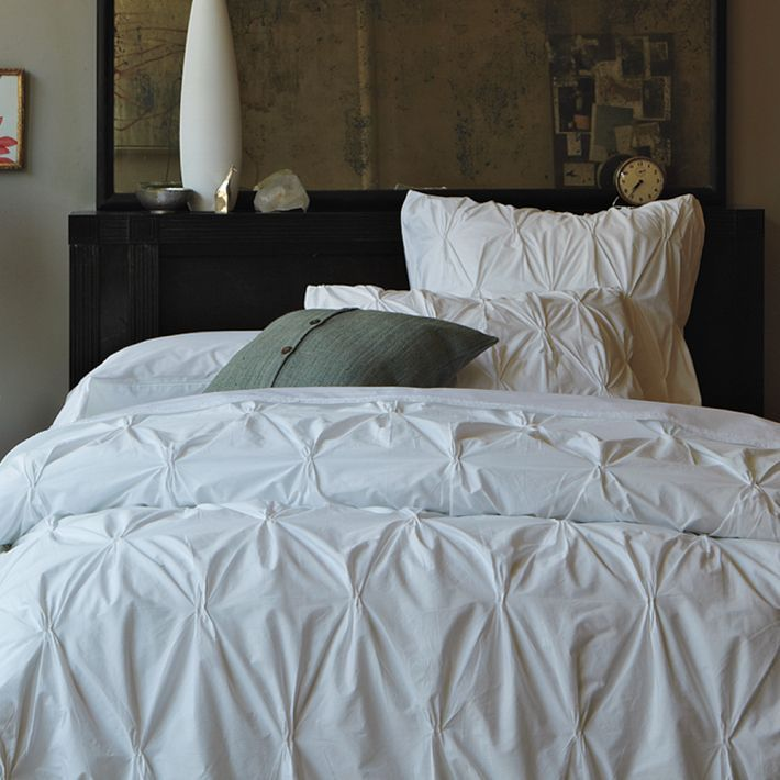 Pintuck bedding.  I will not be happy until I have you.