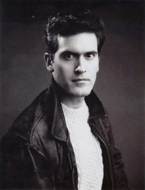 Bruce Campbell, inolvidable en el papel de Ash Williams en la trilogía de 'The Evil Dead' (Posesión infernal)