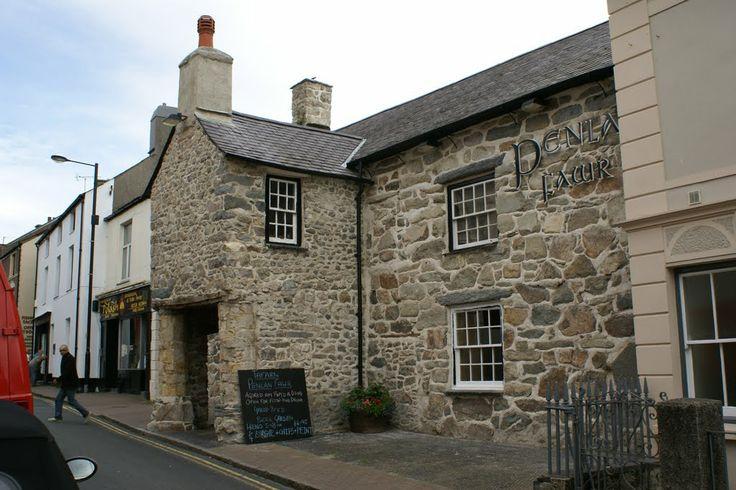 Penlan Fawr Inn, Oldest building in Pwllheli