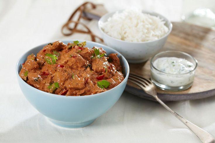 En god og rask oppskrift på en kylling tikka masala. Dette er en rett med små smakseksplosjoner som sender tankene til India.