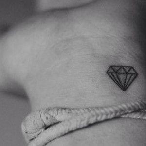 Ms de 25 ideas increbles sobre Tatuajes de diamantes en