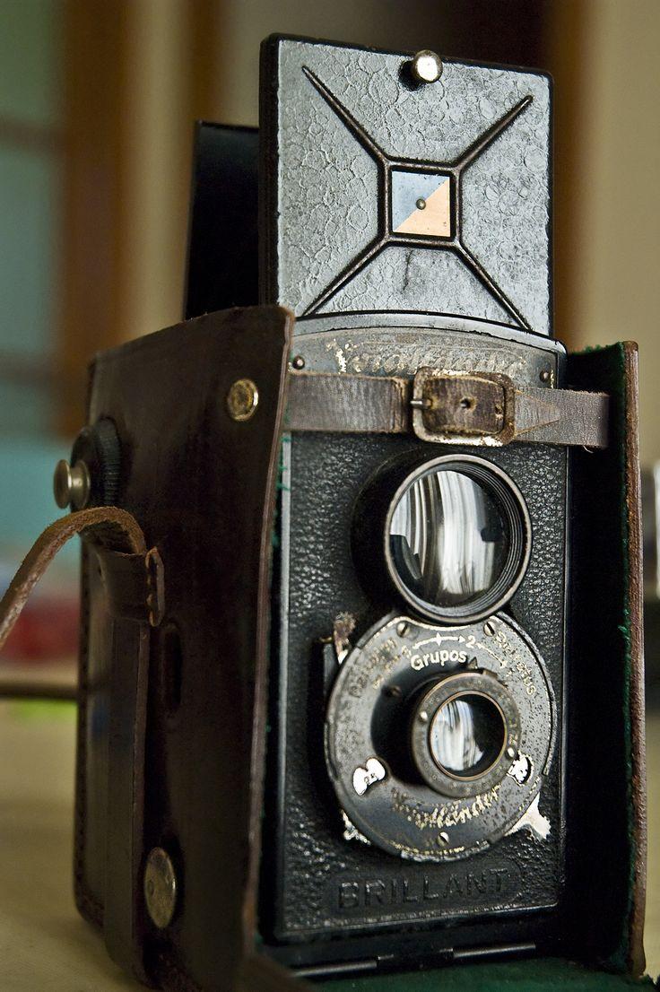 i want this camera! Voigtlander: My Vintage Camera [enlarge]