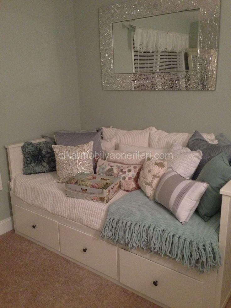 uygun fiyatlı White Ikea Hemnes Day Bed   Sofabed   King size bed   Daybed Dekoru