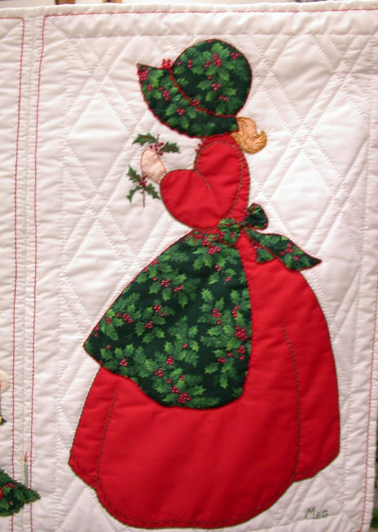 Bonnet Girls Christmas Quilt made from the Christmas patterns by Helen R Scott #3.
