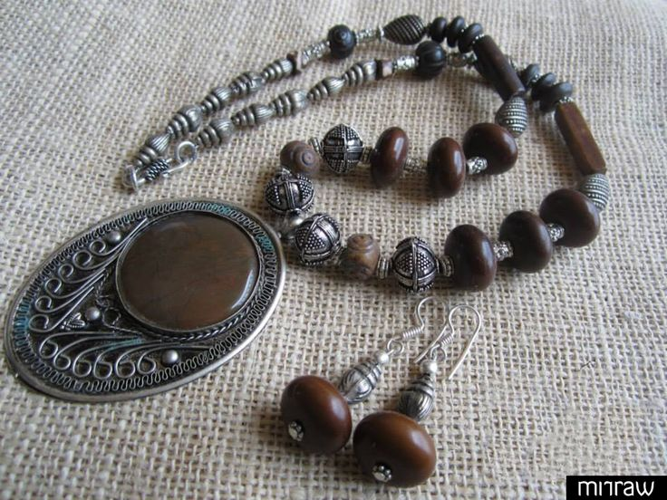 .A Ethnic Necklace for the rustic Indian look.