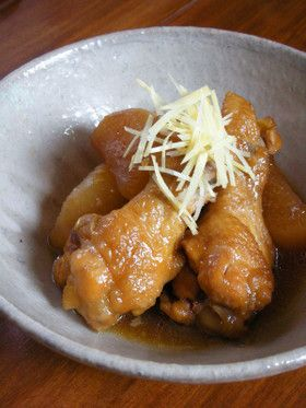 フライパンで作る鶏手羽元と大根の甘辛炊き by 札幌在住の松島タツオ ...