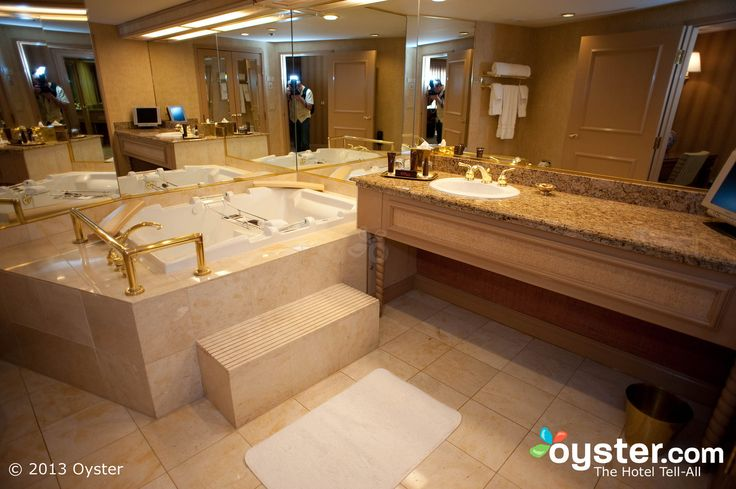 Luxury hotel | Bathroom in the Luxury Suite at Treasure Island | Oyster.com — H…