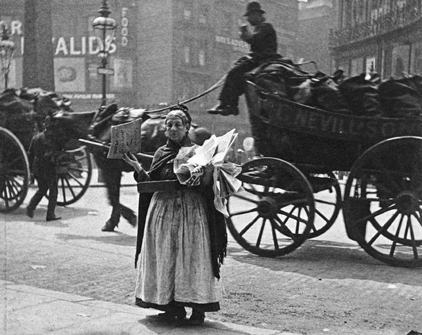 Magazine seller, Ludgate Circus, 1893. Another photo by Paul Martin, this image shows a weary-looking magazine seller.