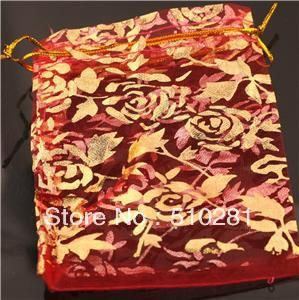 Trova più Jewelry Display Box Informazioni su  TE 99 = = 875//!!!!!!  Di lusso organza caramella gioielli regalo di natale sacchetti sacchetti 5*7 cm///wu  , Alta Qualità sacchetto del regalo del vino, Cina sacchetto di gioielli Fornitori, A buon prezzo regalo borsa da Changzhou Tiancai Jewelry Co., Ltd. su Aliexpress.com