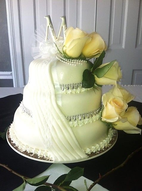 3 Tier Wedding Cake At Casa Bianca Cincinnati OH Weddingcake Cake