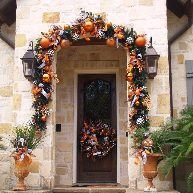 Welcome Guests With Fall Door Decorations: 1000+ Ideas About Doorway Decorations On Pinterest