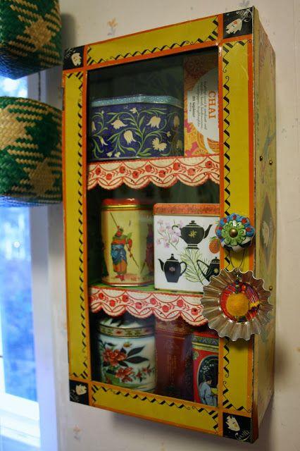 Small cupboard made of upcycled tin box by Ida (Tyg och otyg).