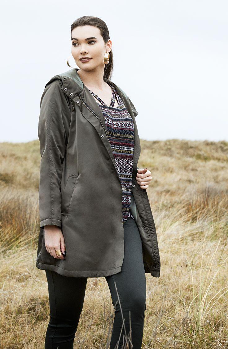 K+K - plus sized clothing for the curvy woman sizes 10-26. Autumn fashion. Winter fashion. Khaki swing coat. Khaki jacket.