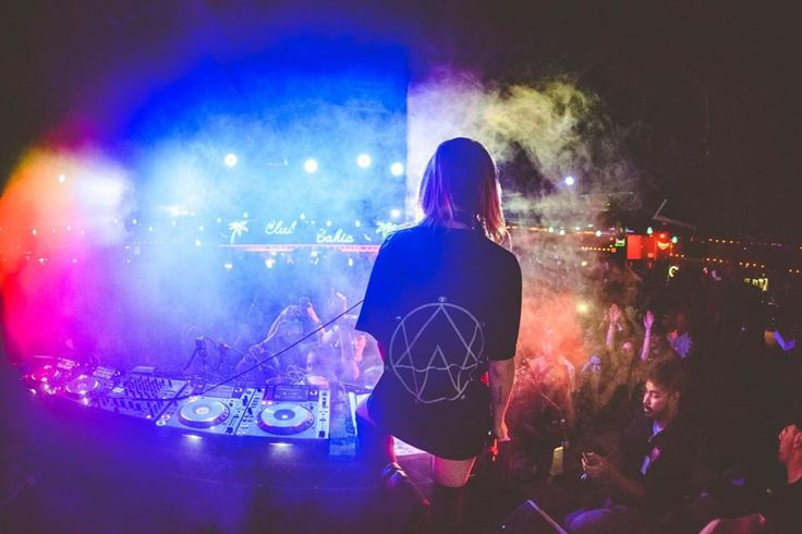 The Importance Of Australian Dance Music On North America. A reflection on Australia's electronic invasion of America featuring a week of shows from Alison Wonderland, RÜFÜS DU SOL, and Nick Murphy.