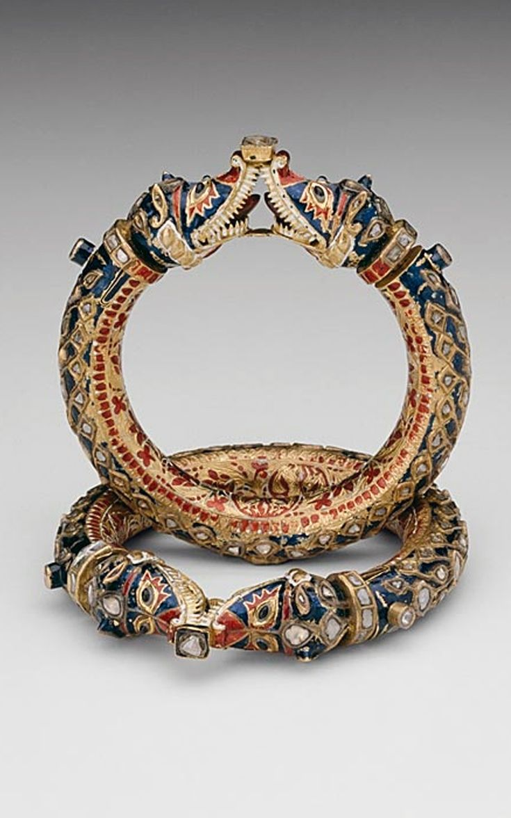 India | Bracelets with Confronting Makara Heads (Karas); Gold, diamonds, and crystalline inset in the kundan technique, with polychrome enamel (minakari) | 19th century. Rajasthan, Jaipur.