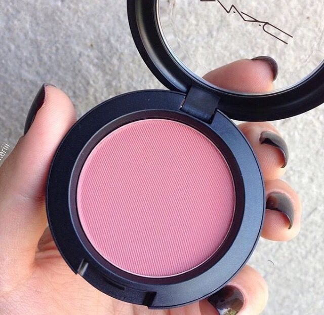 MAC blush in Desert Rose