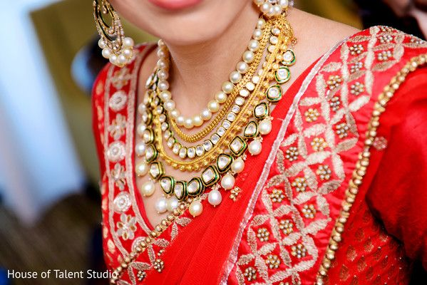 Getting Ready http://www.maharaniweddings.com/gallery/photo/41206 @houseoftalent1