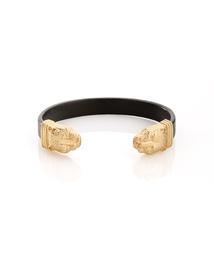 Jessica Who?: jewelmint [april]: Lionesses, Lioness Bracelet, Jewelmint April, Jewelmint Collection, Jewelmint Lioness, Bracelets, Jewelry Experiment, Bracelet Jewelmint