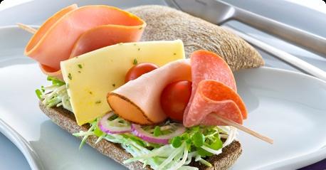 Rukiinen juusto-kasvisleipä